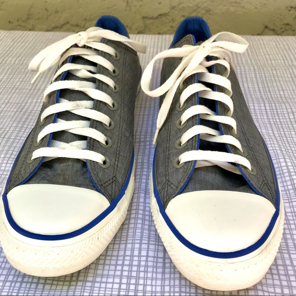EUC Low Top Converse Gray Vinyl with Blue 10